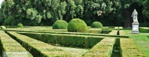 Vista degli Horti leonini: giardino rinascimentale a San Quirico D'Orcia.